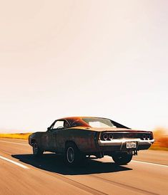 The open highway in a Dodge Charger. No particular destination. Best Muscle Cars, American Muscle Cars, Us Cars, Sport Cars, Retro Cars, Vintage Cars, Ford Mustang, Automobile, 1969 Dodge Charger