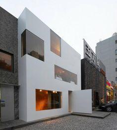 Urban Backyard by standardarchitecture