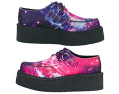 TUK Galaxy Space Mondo Creepers vegan Women's US 8 or style Unique Shoes, Cute Shoes, Me Too Shoes, Dream Shoes, Crazy Shoes, Creepers, Punk Fashion, Fashion Shoes, Dr. Martens
