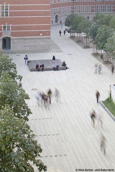 Eine Ruhige Flächenwirkung Und Hohe Aufenthaltsqualität Mit Modernem  Minimialistischen Design Und Einer Architektur, Die Ganz