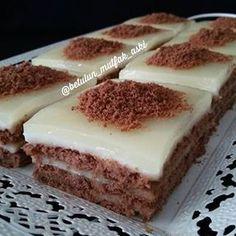 – Pratik yemekler – Las recetas más prácticas y fáciles Dessert Bars, Dessert Recipes, Turkish Recipes, Ethnic Recipes, Biscuit Cake, Iftar, Cream Cake, Yummy Cakes, Amazing Cakes