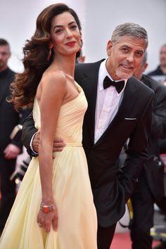 George-Clooney-Ama-Clooney-Cannes-Film-Festival-2016-Money-Monster-Premiere-Red-Carpet-Fashion-Atelier-Versace-Tom-Lorenzo-Site (1)