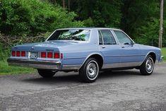 1984 Chevrolet Caprice Classic in Light Royal Blue Poly. with mi… – En Güncel Araba Resimleri Chevy Caprice Classic, Chevrolet Caprice, Chevrolet Impala, Old American Cars, American Classic Cars, Old Classic Cars, Custom Muscle Cars, Best Muscle Cars, Us Cars