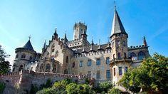 Fast 150 Jahre bliebt das Schloss unbewohnt. Heute liegt das Kastell im Privatbesitz des Hauses Hannover und lädt Besucher zur Besichtigung ein