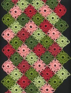 Patrón de bufanda de punto para damas – Tığ Motifleri - how to crochet chunky blanket Crochet Motif Patterns, Crochet Diagram, Crochet Designs, Crochet Stitches, Crochet Table Mat, Crochet Box, Chunky Crochet, Crochet Square Blanket, Crochet Squares