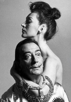Salvador and Gala Dali. She was Salvador Dalí's most famous muse, the love of his life, his manager and mentor. When Gala passed in Dalí no longer would continue his art. Famous Artists, Great Artists, Richard Avedon Photography, Richard Avedon Portraits, Robert Mapplethorpe, Belle Photo, Art History, Portrait Photography, Couple Photography
