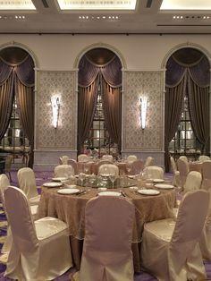 Mandarin Oriental Taipei-ballroom Classic Interior, Modern Interior Design, Wedding Hall Decorations, Hall Interior, Function Room, Mandarin Oriental, Restaurant Design, Taipei, Restaurants