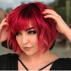Red-Bob-with-Bangs Popular Bob Hairstyles 2019 - New Hair Style Bob Haircut With Bangs, Bob Haircut For Girls, Girl Haircuts, Bob Haircuts, Short Bob With Undercut, Short Bob With Fringe, Red Hair With Bangs, Short Wavy, Bob Hairstyles With Bangs