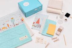 Quilt kits containing everything you need to make a fresh, modern baby quilt. Beginner friendly.