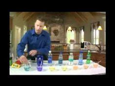 Teste do PH de água mineral, água da torneira, refrigerante e água ionizada alcalina