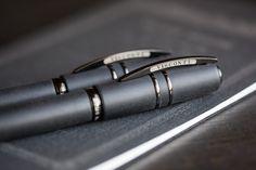 Pelikan M805 vs. Visconti Homo Sapiens: Fountain Pen Battle - Goulet Pens Blog