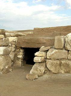 *PSUSENNES I ( The Silver Pharaoh): Entrance to Psusennes I Tomb