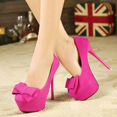 Fashion Round Closed Toe Platfrom Stiletto High Heels Red Suede Pumps
