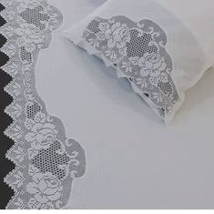 Nevrsm team order is taken 🌸🌿🌿 Zitat # Nadel . Crochet Tablecloth, Crochet Doilies, Linens And Lace, Filet Crochet, Handicraft, Needlework, Free Pattern, Diy And Crafts, Projects To Try