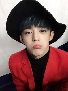 """➤ Stage name: S.Coups ➤ Birth name: Choi Sung Cheol. ➤ Position: Leader, Hip Hop Team leader, Main rapper.➤ Birthday: 08 August 1995 ➤ Zodiac Sign: Leo.➤ Nationality: Korean. ➤ Birthplace: Daegu, South Korea  ➤ Height: 178 cm (5'10"""") ➤ Weight: 65kg (143 lbs) ➤ Blood Type: AB ➤ Sub-Unit: Hip Hop Team (Leader)"""