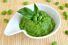beautifulpicturesofhealthyfood:  Edamame Spinach Pesto. Lower...