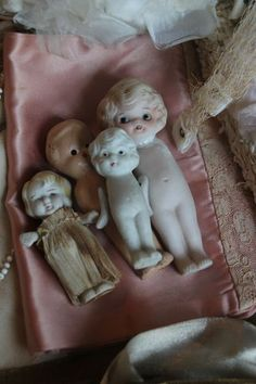 Vintage composite dolls. How cute! I have a small collection of these precious dolls, too.