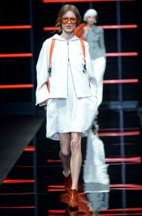 See all the looks from the show Fall Trends, Emporio Armani, Fashion News, Chef Jackets, Fall Winter, Coat, Dresses, Photos, Women