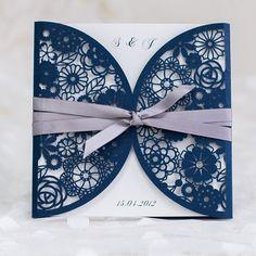 Faire part de mariage de dentelle bleue avec ruban violet JM646 à partir de 1.72€