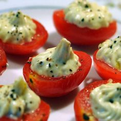 APPETIZER: Tasty Tomatoes Onion-Chive cream cheese + ranch + 1 small avocado + splash of lemon juice Good Food, Yummy Food, Tasty, Appetizer Recipes, Appetizers, Great Recipes, Favorite Recipes, Party Dishes, Healthy Snacks