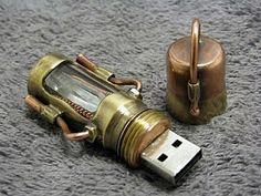 SteamPunk Invention: SteamPunk USB Drive