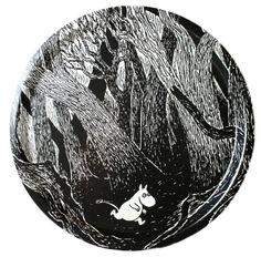 "Moomin tray ""Running Moomin"", Ø 31 cm « Moomin Trays « Ihanaiset. Decorative Bowls, Tableware, Trays, Running, Shop, Products, Dinnerware, Tablewares, Keep Running"