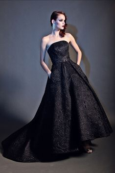 Christian Siriano Pre-Fall 2015 Collection Photos - Vogue