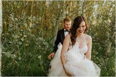 bride and groom - forest wedding - woodlands wedding Wedding Blog, Wedding Photos, Wedding Day, Wedding Photography Inspiration, Wedding Inspiration, Girl Photography, Forest Wedding, Woodland Wedding, Magical Forest
