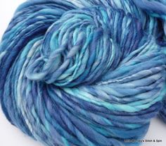 "Handspun Yarn, thick and thin singles ""Atlantic"""