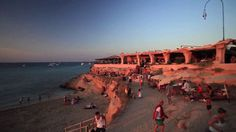 Sunset Ashram --- Cala Conte --- Best sunset on the island, perfect for late lunch or dinner Beach Place, Hidden Beach, Best Sunset, Ibiza, Paris Skyline, Places To Go, Dolores Park, Island, Water