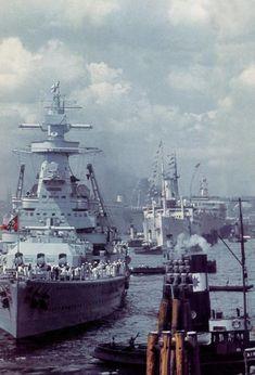 Naval History, Military History, Tudor History, British History, Cruisers, Heavy Cruiser, Navy Military, Military Diorama, Navy Ships