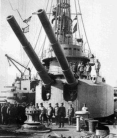 Forward turret of the Battleship Andrei Pervozvanny.