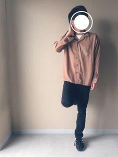 こんばんは!! いつもご覧いただきありがとうございます!!☺️ 秋色のオープンカラーシャツに 黒スキ