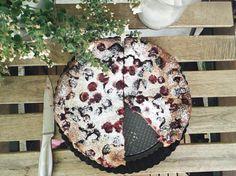 Clafoutis cherries raspberry mulberry