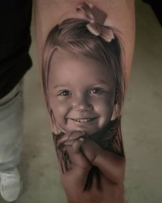 Kinder-Portraits aus einer anderen Dimension – Tattoo Spirit old school frases hombres hombres brazo ideas impresionantes japoneses pequeños tattoo Tattoos Motive, Bild Tattoos, Dope Tattoos, Body Art Tattoos, Father Tattoos, Family Tattoos, Tattoos For Kids, Tattoos For Daughters, Potrait Tattoo