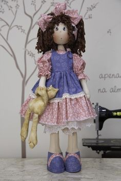 Coleção Novas Madeleines - Fabiana (kit completo) Raggedy Ann, Fabric Dolls, Cute Art, Doll Clothes, Harajuku, Diy And Crafts, Pattern, Handmade, Inspiration