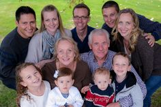 large group family photography, three generations