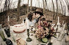 "Wedding inspired by ""Alice In Wonderland"""