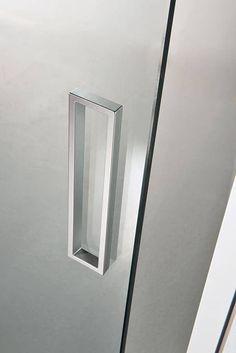 Porta scorrevole / MDF / in legno / laccata - TRÉSOR - SCRIGNO