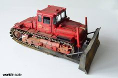 "Red iron models DET-250 in 1/35 scale by ""World in scale""."