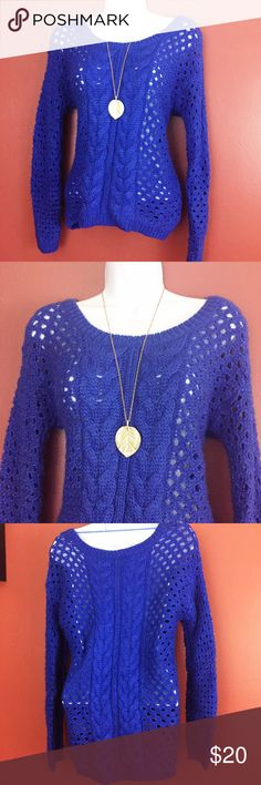 JCPenney Blue Cable Knit Crewneck Sweater A gorgeous blue. Crewneck Pullover cable knit sweater. jcpenney Sweaters Crew & Scoop Necks