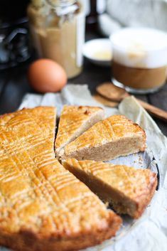 Noterkoek (gezondere boterkoek) + plantaardige versie! - Beaufood Healthy Cookie Recipes, Sugar Free Recipes, Healthy Baking, Healthy Treats, Healthy Cookies, Sweet Recipes, Baking Recipes, Cake Recipes, Snack Recipes