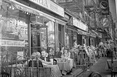 They say the camera never lies - but these images prove you can't believe everything you see as they are not photos at all.    Instead they are amazingly highly detailed pencil drawings, the work of Scottish artist Paul Cadden.