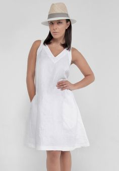 As a chic daytime ensemble or vacay travel outfit, this V-neck linen dress is both fashionable and cozy. Made with premium linen, the texture is wonderfully soft and durable. Beautiful in a fresh white color. White Linen Dresses, White Dress, White Shop, Dress Suits, V Neck Dress, Dress Making, Coats For Women, Cute Dresses, Fashion Design