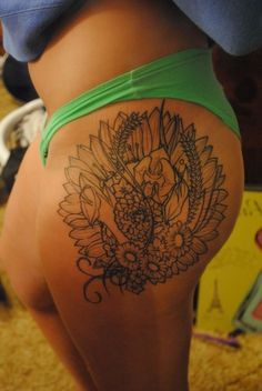 Hip Tattoo, really like this placement