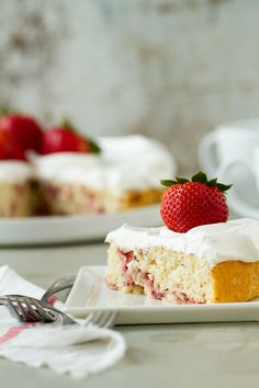 Post image for Lemon Strawberry Shortcake