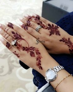 Image may contain: one or more people Palm Henna Designs, Pretty Henna Designs, Modern Henna Designs, Khafif Mehndi Design, Indian Henna Designs, Latest Henna Designs, Mehndi Designs Book, Finger Henna Designs, Mehndi Designs For Girls