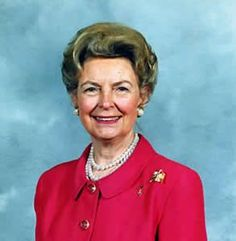Phyllis McAlpin Stewart Schlafly is an American constitutional lawyer, conservative activist, author, and founder of the Eagle Forum. Us History, History Museum, Women In History, Phyllis Schlafly, Social Security Benefits, Equal Rights, American Revolution, Popular Culture, White Man