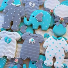 Baby Shower Favours, Baby Shower Themes, Shower Ideas, Baby Cookies, Baby Shower Cookies, Baby Shower Yellow, Baby Boy Shower, Elephant Baby Shower Cake, Peanut Baby Shower