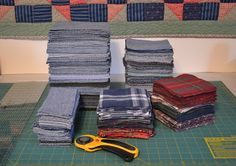 Tips on making a quilt from old jeans. I've been thinking of making a jeans quilt. Tips on making a quilt from old jeans. I need to do something with all my crap work jeans that are falling apart. Recycle old jeans and flannel for an awesome quilt. Quilting Tips, Quilting Tutorials, Quilting Projects, Sewing Projects, Jean Crafts, Denim Crafts, Blue Jean Quilts, Denim Quilts, Artisanats Denim
